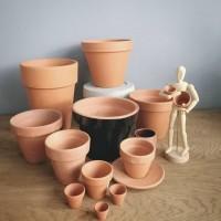Flowerpots Pantry